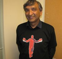 Anoop Gupta wearing the Kinect SDK launch shirt