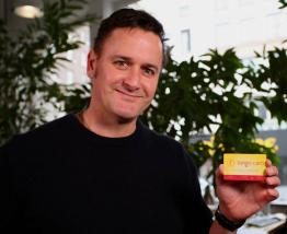 Google's Eric Schmidt backs gift card operator Tango Card