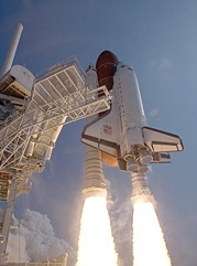 Atlantis lifts off. (NASA photo)