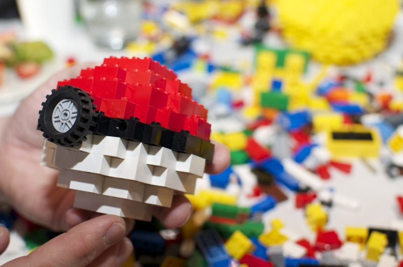Geek Made: How to build an amazing Lego Pokéball – GeekWire