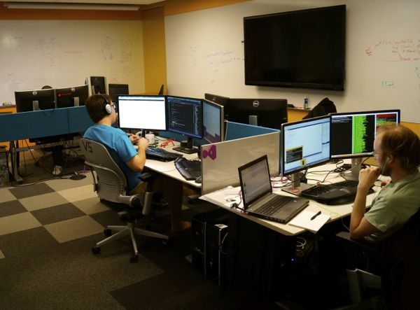 How Microsoft S Developer Division Changed Its Workspace