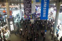 A crowd gathers at Mobile World Congress