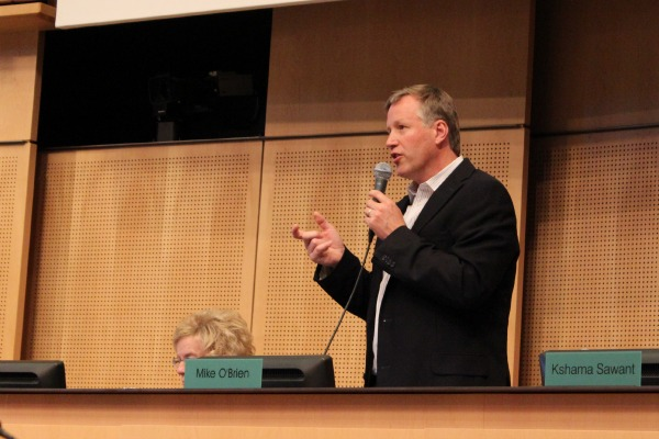 Councilmember Mike O'Brien speaks at Monday's meeting.