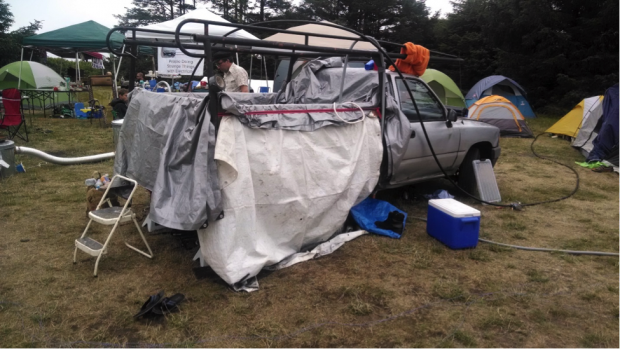 How Geeks Go Camping Drones Lasers And More From ToorCamp 2014