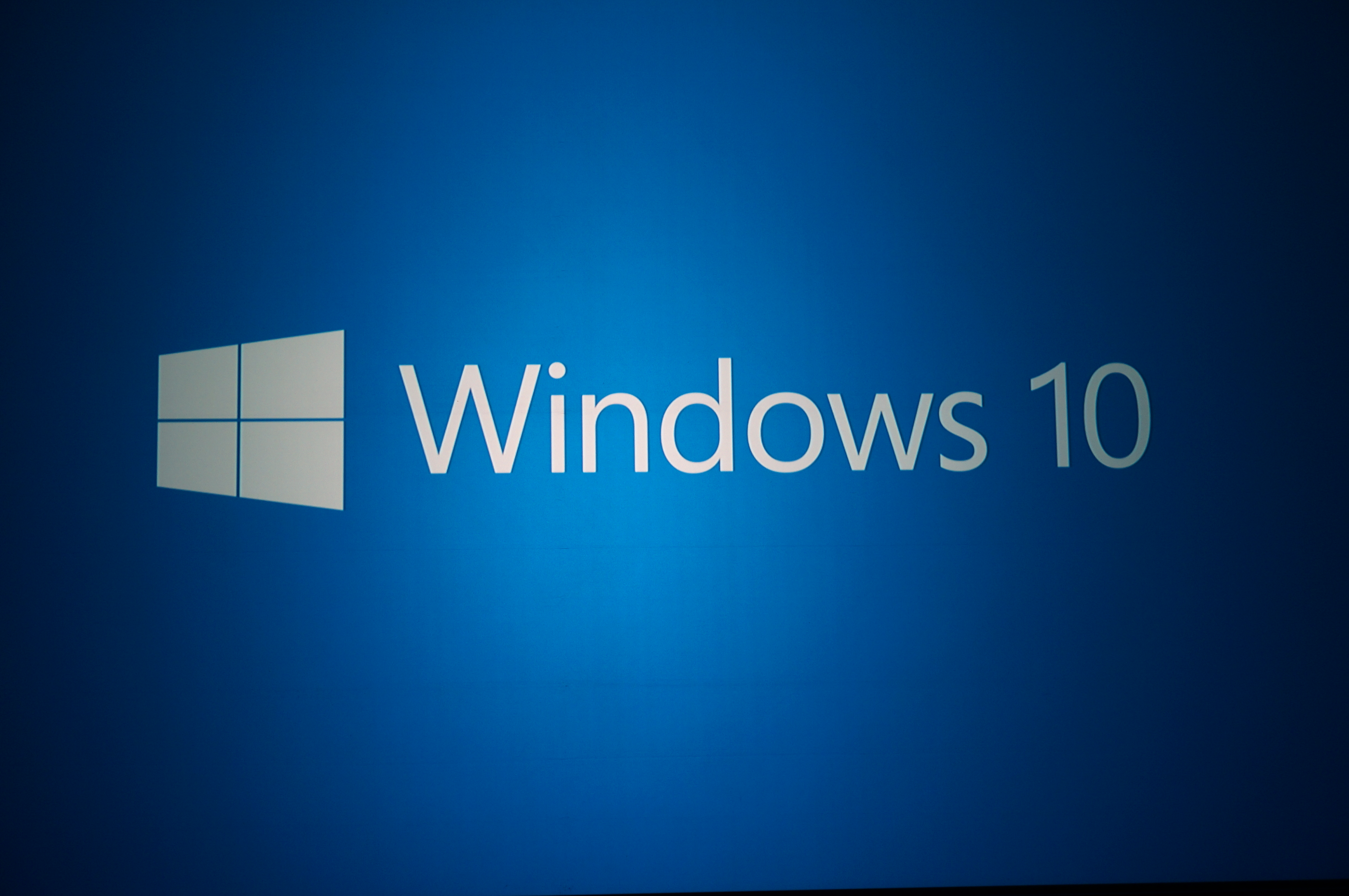 Microsoft 39 s new goal 1 billion windows 10 devices within for Best impact windows reviews
