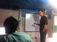 """MovingWorlds co-founder Mark Horoszowski """"experteering"""" in Nepal"""