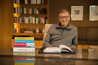 Bill Gates with his top 5 books of 2014. (Credit: Gates Notes)