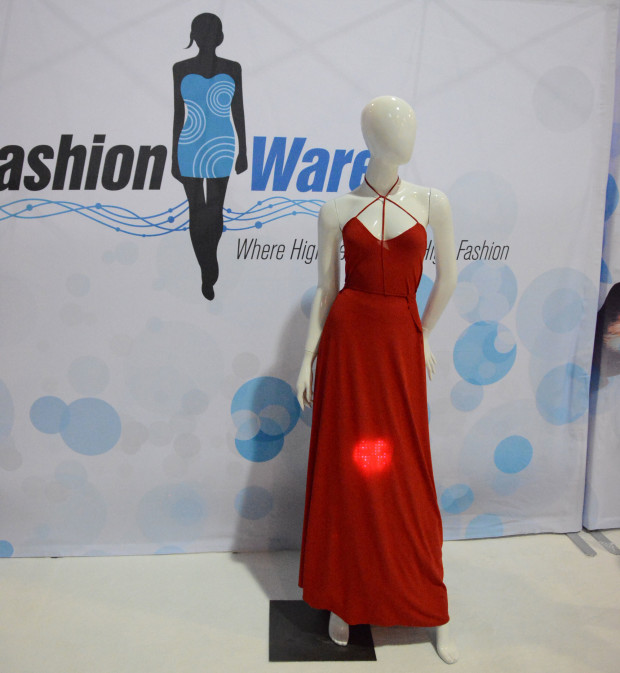 LED-embedded-dress