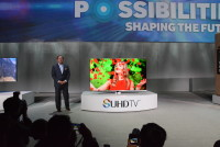 Samsung VP Joe Stinziano demonstrates SUHD TV at CES 2015