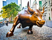 The bull of Wall Street. Photo via Shutterstock.