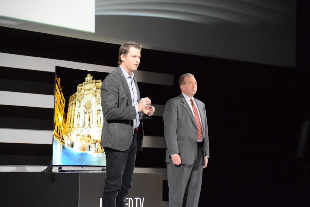 Greg Peters of Netflix announces Netflix Recommended TV program at CES 2015