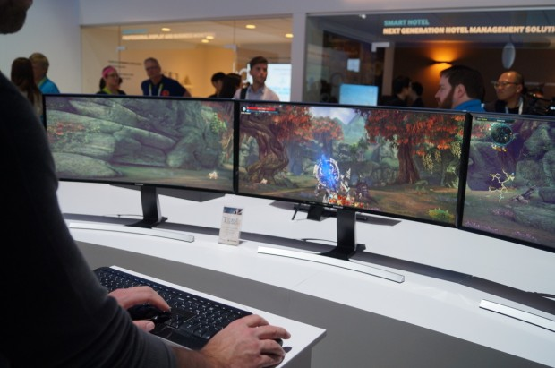 The Future Of Pc Monitors It S All About The Curve Geekwire