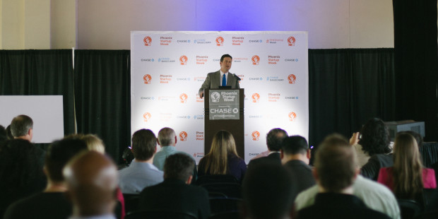 Phoenix Mayor Greg Stanton addresses the crowd at the Phoenix Startup Week kickoff event. Photo via UP Global.