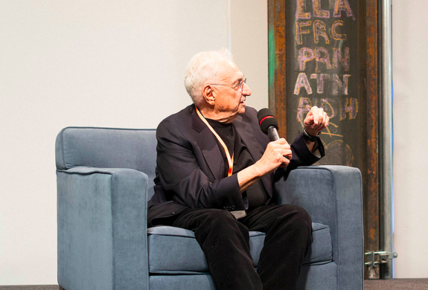 Photo via Flickr/Scott Boms/Frank Gehry at a Q&A at Facebook in February