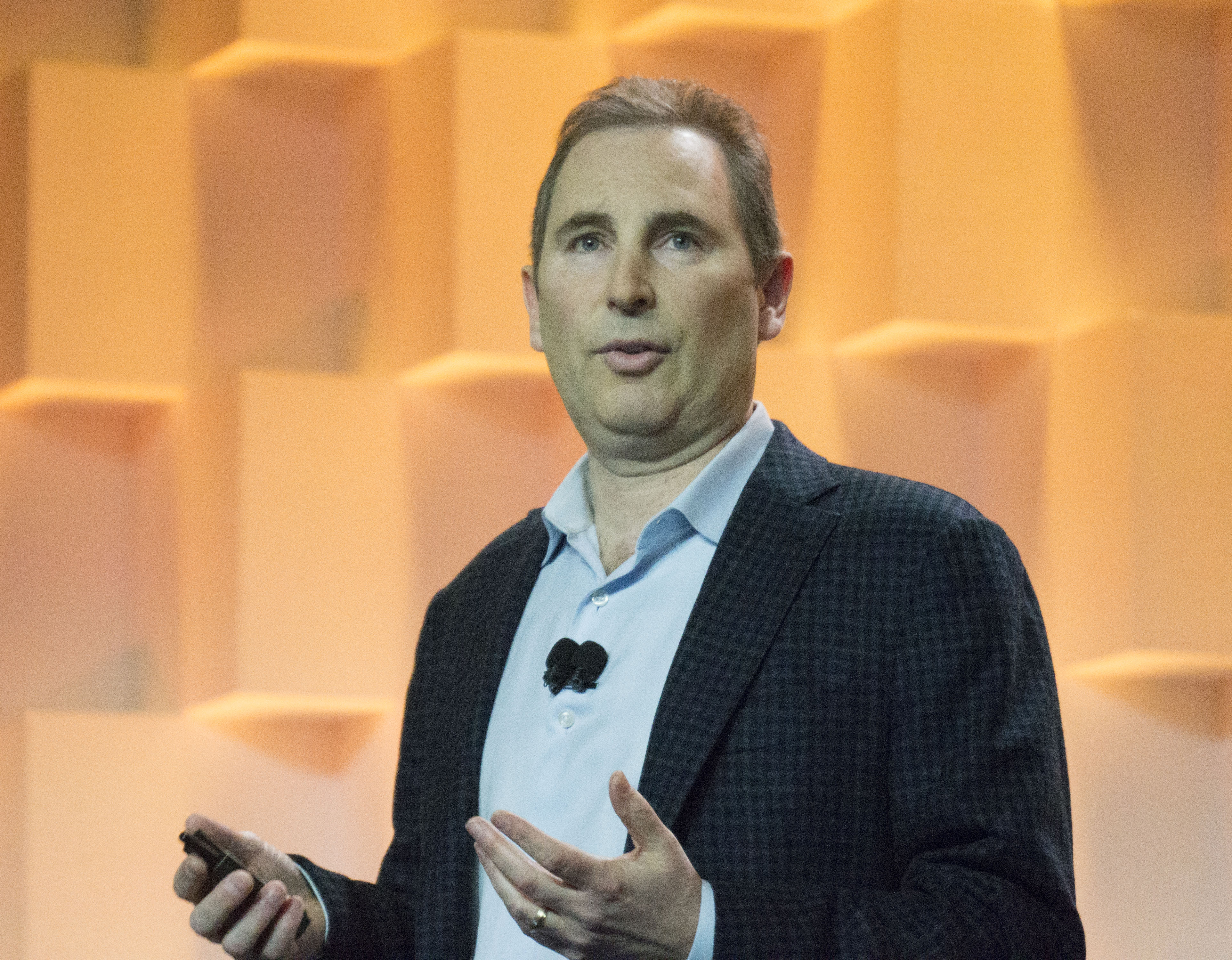 Amazon takes aim at Microsoft's big data plans with new Machine Learning service
