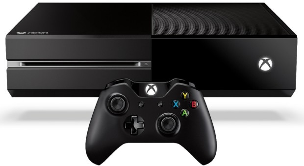 Xbox-One-With-controller