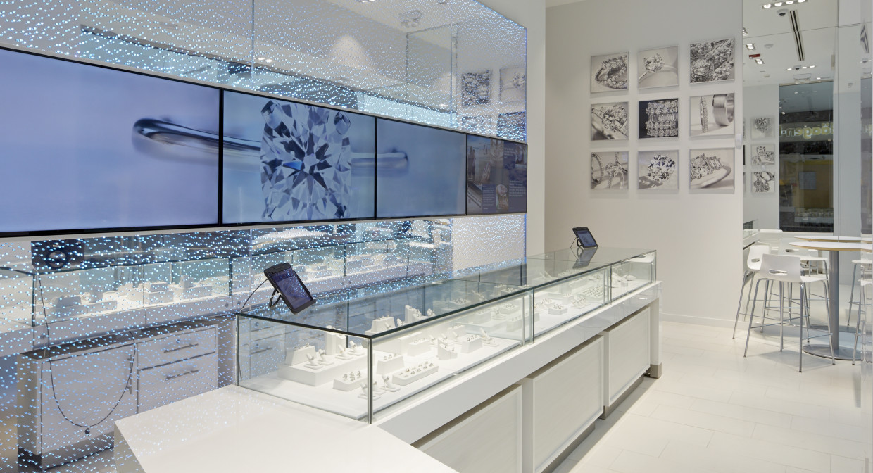 For Online Diamond Seller Blue Nile, Brick And Mortar Stores May Be Key To  Millennialsu0027 Wallets U2013 GeekWire
