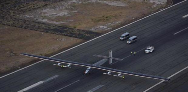 Photo via Solar Impulse 2 landing in Oahu, Hawaii