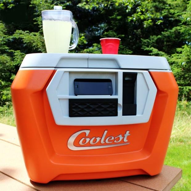 Photo via Kickstarter/Coolest Cooler