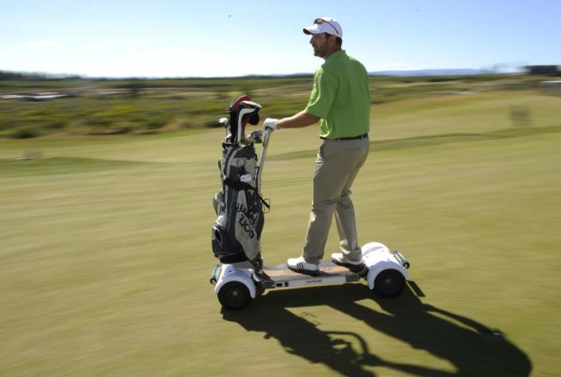 Meet the GolfBoard: This electric skateboard helps golfers get around the course \u2013 GeekWire