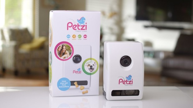 Petzi Treat Dispenser