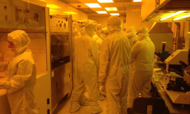 University of Washington students learn about cleanroom lab techniques inside the Washington Nanofabrication Facility. Photo credit: University of Washington