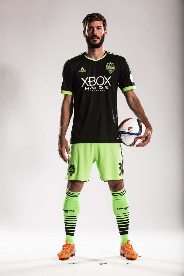 Photos: Seattle Sounders debut new Halo-themed jerseys as ...