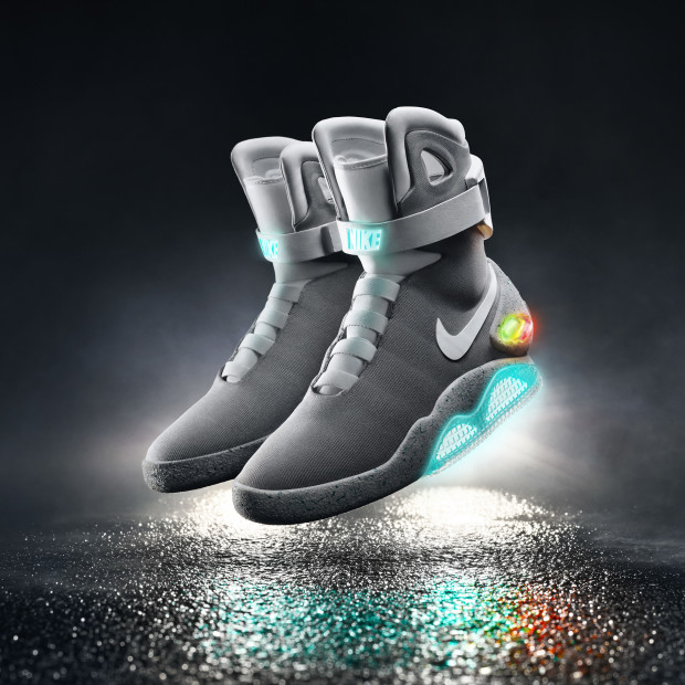 new style 4119b 30721 Nike officially unveils self-lacing  Mag  shoes, gives first pair to ...