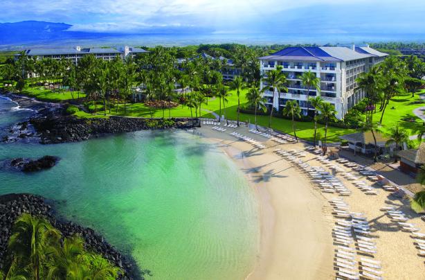 Photo via Expedia/The Fairmont Orchid, Hawaii