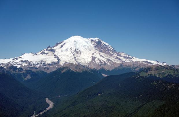 Photo via Wikipedia/Mount Rainier