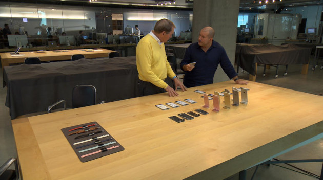 Jony Ive, right, talks to 60 Minutes' Charlie Rose in the Apple design studio. Photo via CBS News/60 Minutes