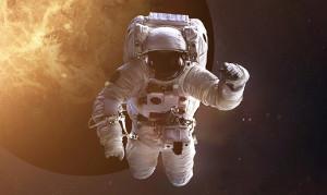 astronaut no text 100-dpi dreamstime_m_59735703