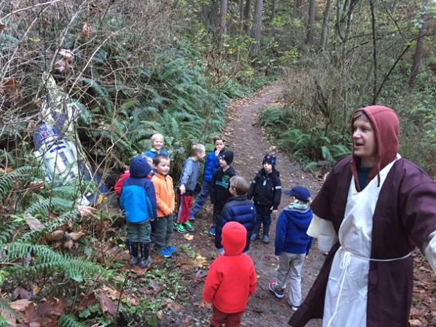 Ob-John Kenobi leads the kids on a trek to find Imperial troops in Seattle.