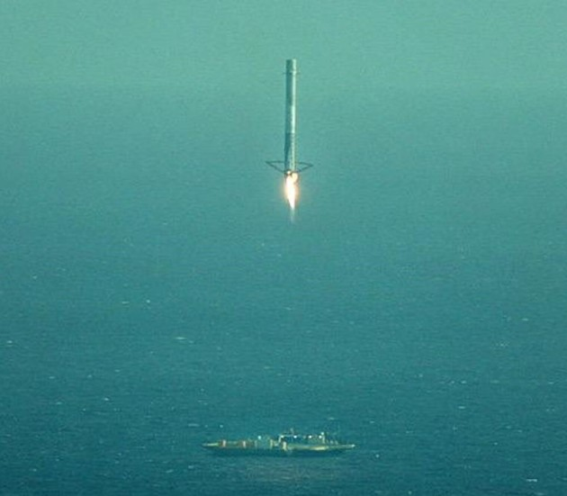 Image: SpaceX landing attempt