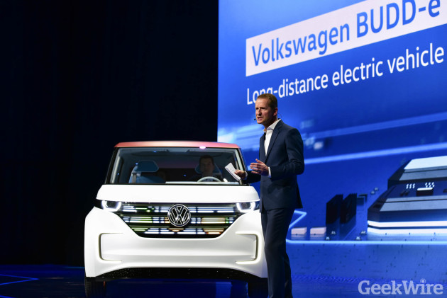 Volkwagen CEO Herbert Diess shows off BUDD-e at CES 2016