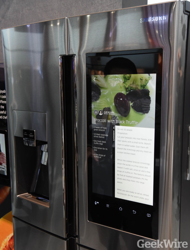 Viewing recipes on the Samsung Family Hub Refrigerator