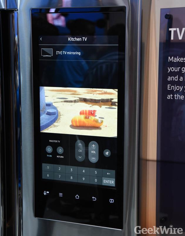 TV mirroring on the Samsung Family Hub refrigerator