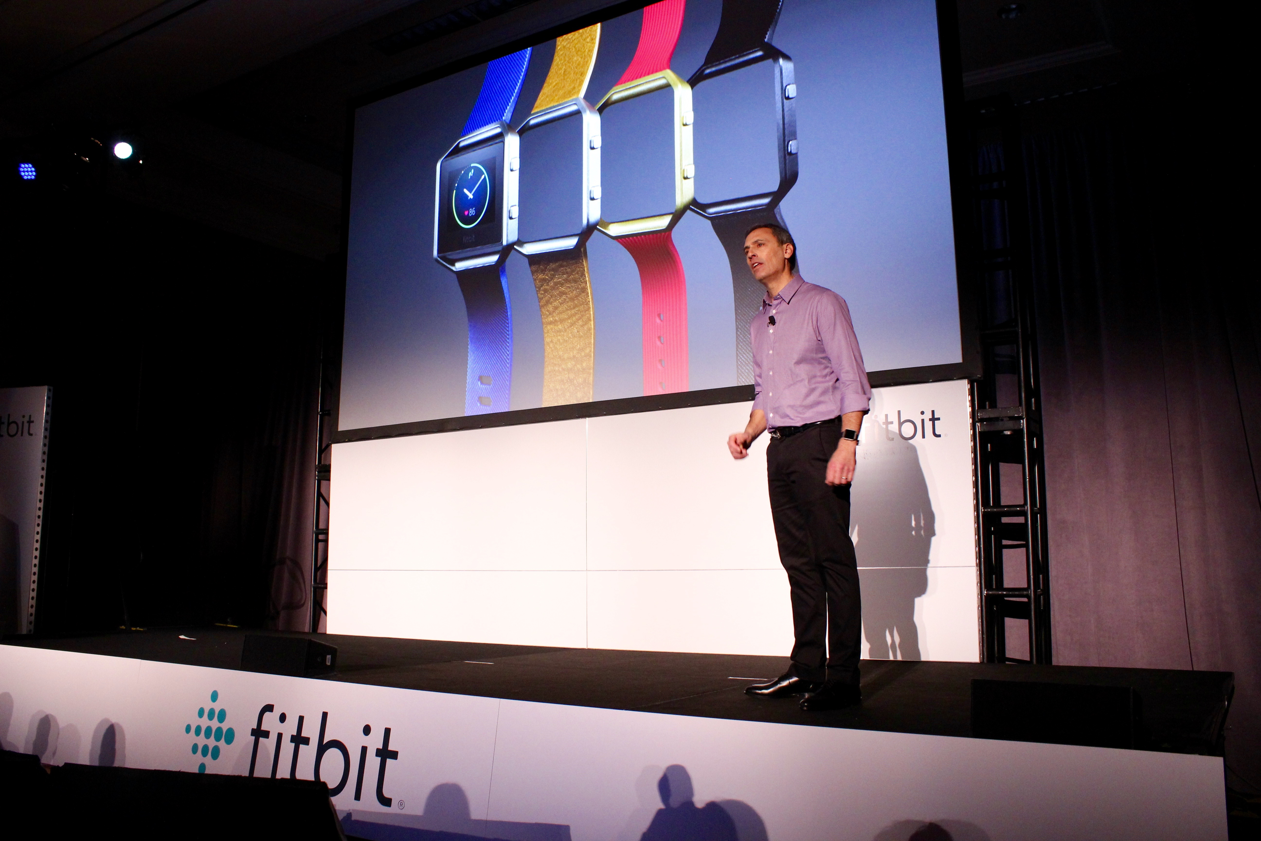 ... Fitbit Blaze, a $199 Apple Watch competitor; stock down 10% - GeekWire