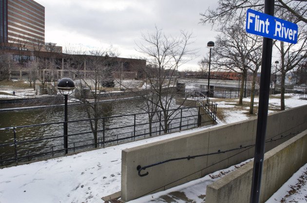 Flint River in Downtown Flint. Linda Parton/Shutterstock.com