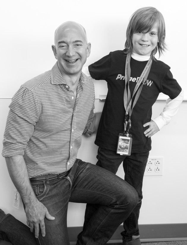 drone seattle with Make A Wish Evan Visits With Jeff Bezos on Inside The Mothership A Tour Of Microsoft Redmond C us Part 1 additionally Watch further Plane Passenger Captures Moment UFO Overtakes Virgin Atlantic Plane New York JFK Airport together with Amazon Kiva Robots Generation Fulfillment 12 02 2014 in addition Postmalone.