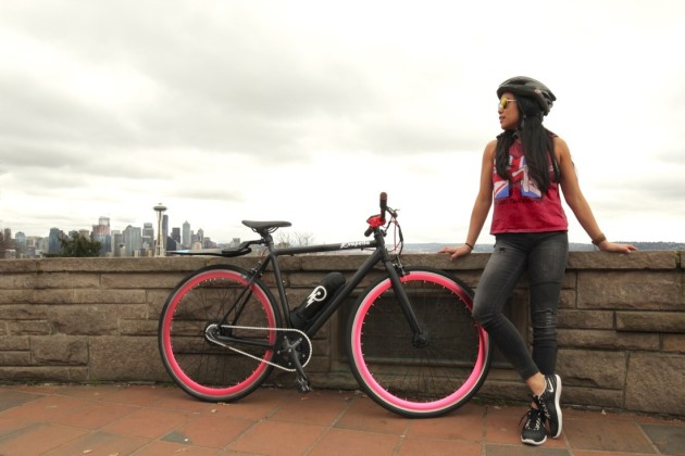 Seattle startup Propella launched their lightweight, single-speed e-bike on Indiegogo today.