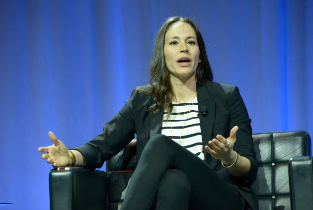 Seattle Storm guard Sue Bird speaks at the MIT Sloan Sports Analytics Conference. Photo via SSAC.