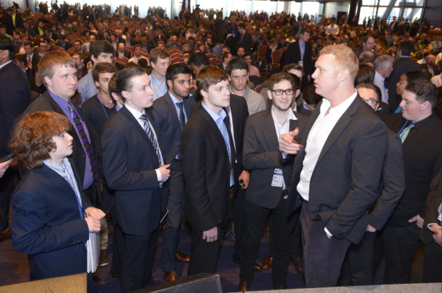 Former NBA player Brian Scalabrine chats with SSAC attendees after speaking on a panel. Photo via SSAC.