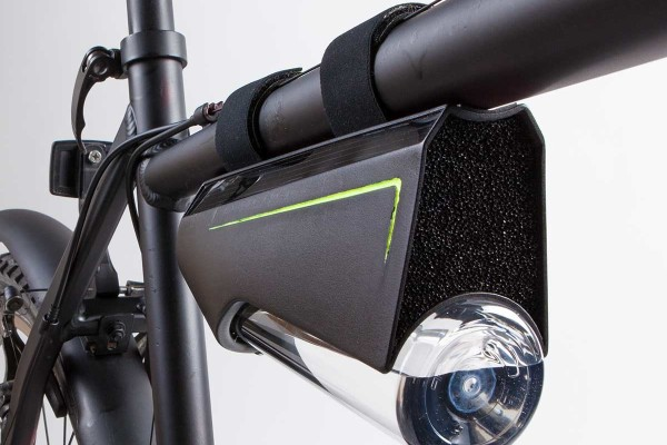 Fontus' bike-mounted water collection system.