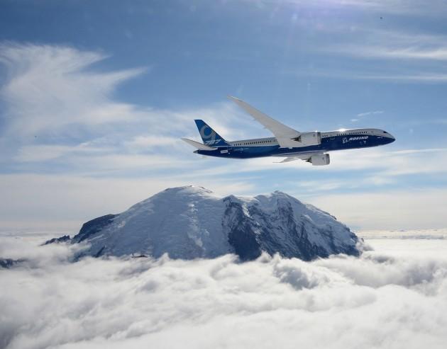 Image: Jet over Rainier