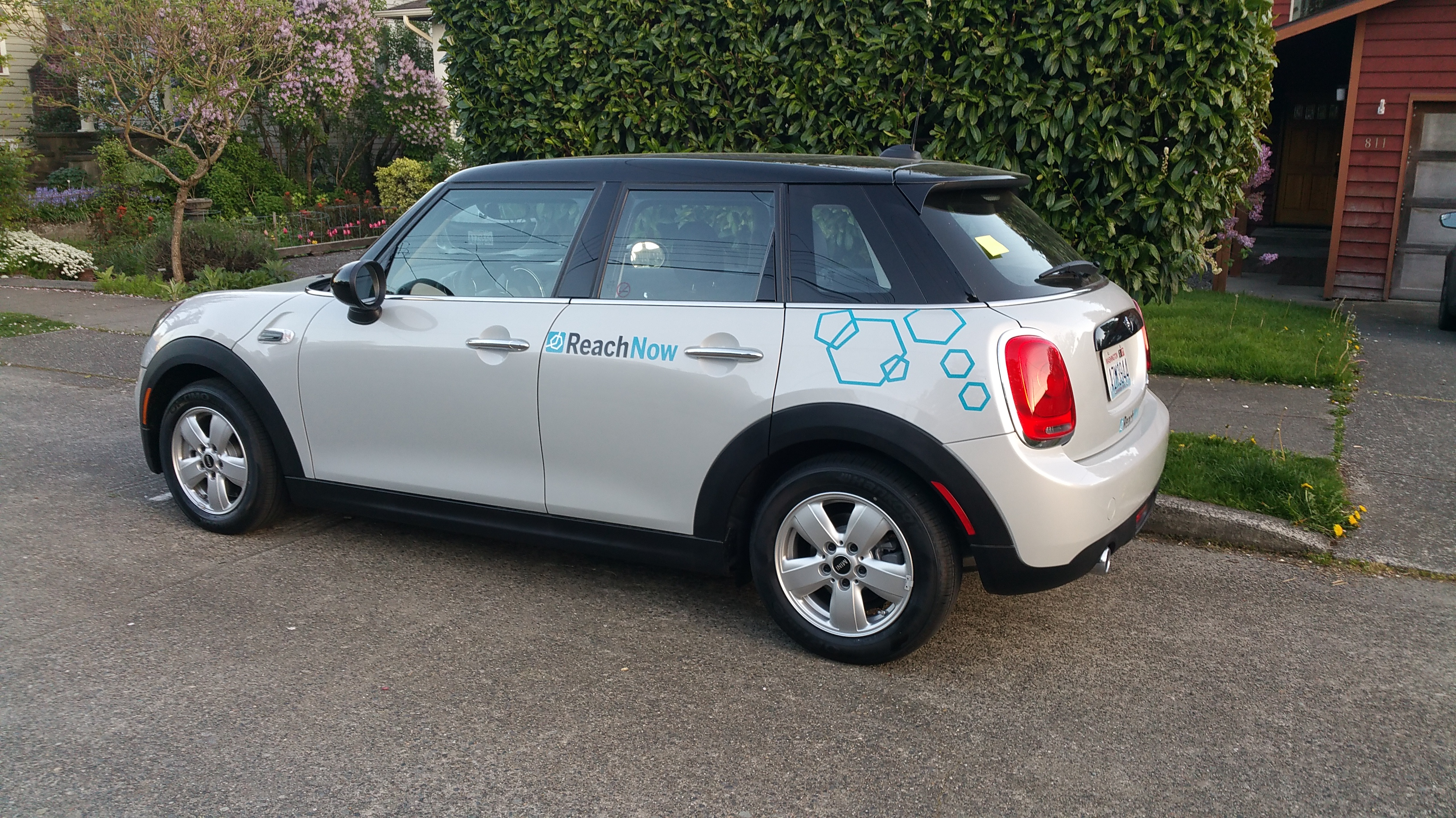 Testing BMW s car sharing service A Car2go petitor that lives up
