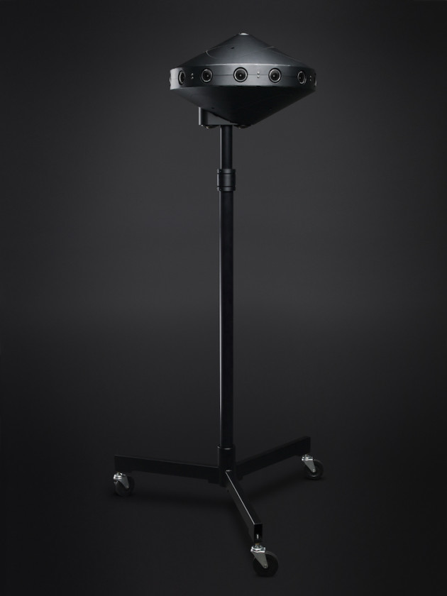 A tripod can hold the Surround 360 as eye level for more immersive playback.
