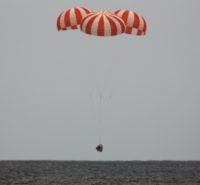 SpaceX Dragon descent