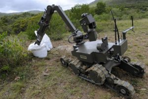 Image: Bomb disposal robot
