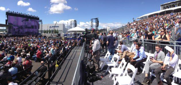 Boeing centennial crowd